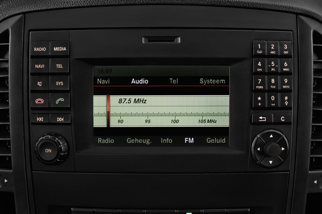 Mercedes-Benz Vito Pro Bus (2014 - heute) 4 Türen Radio und Infotainmentsystem