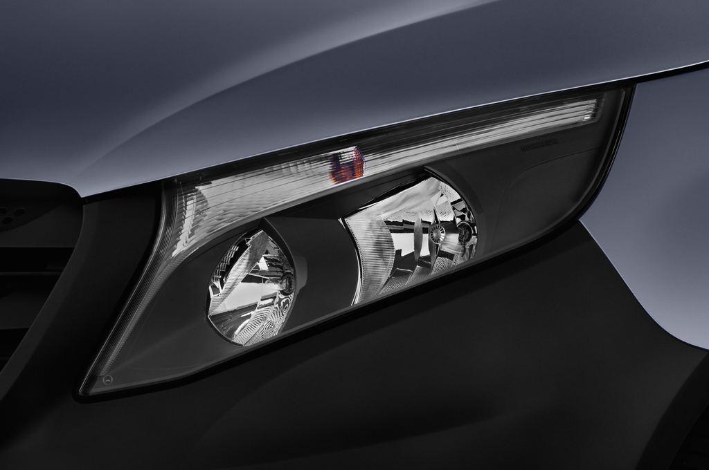 Mercedes-Benz Vito Pro Bus (2014 - heute) 4 Türen Scheinwerfer