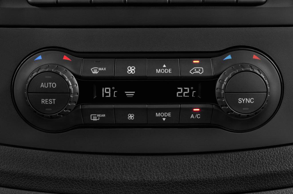Mercedes-Benz Vito 119 Bluetec Lang Bus (2014 - heute) 5 Türen Temperatur und Klimaanlage