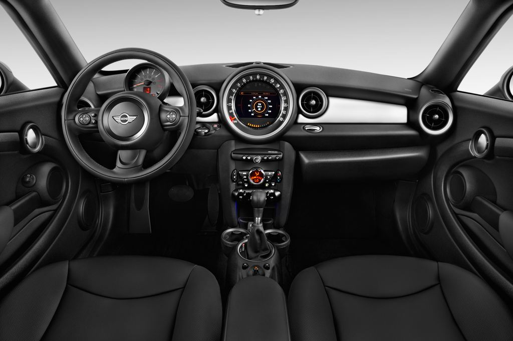 MINI Roadster Cooper Cabrio (2012 - heute) 2 Türen Cockpit und Innenraum