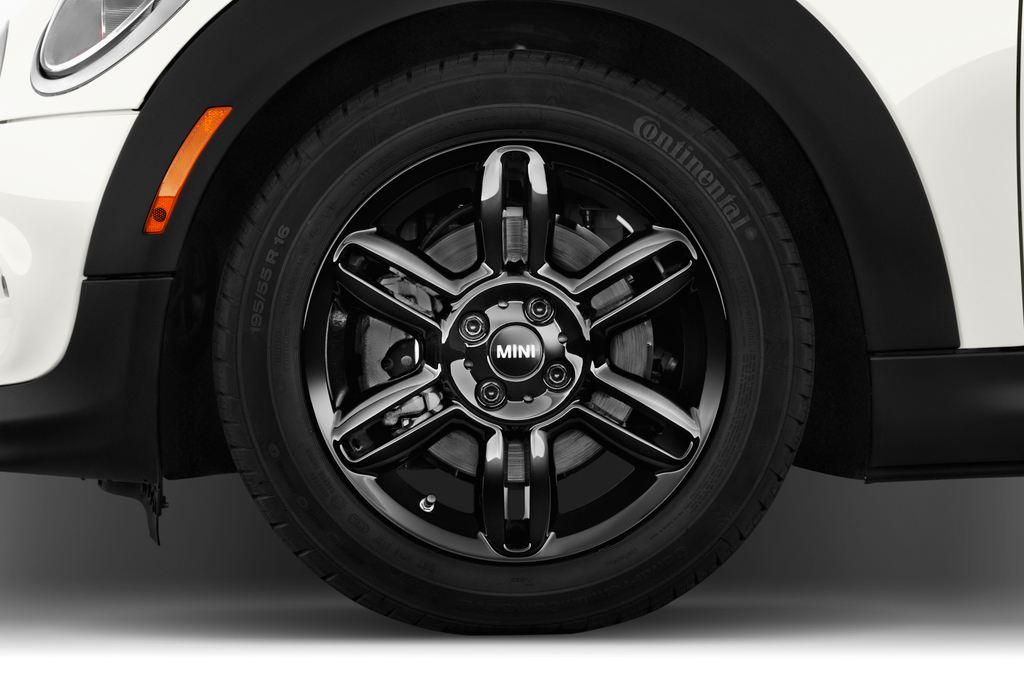 MINI Roadster Cooper Cabrio (2012 - heute) 2 Türen Reifen und Felge