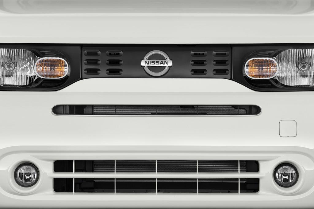 Nissan Cube Zen Van (2008 - 2011) 5 Türen Kühlergrill und Scheinwerfer