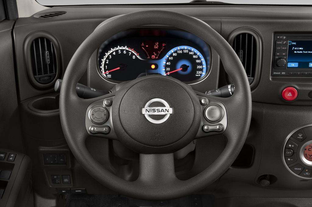 Nissan Cube Zen Van (2008 - 2011) 5 Türen Lenkrad