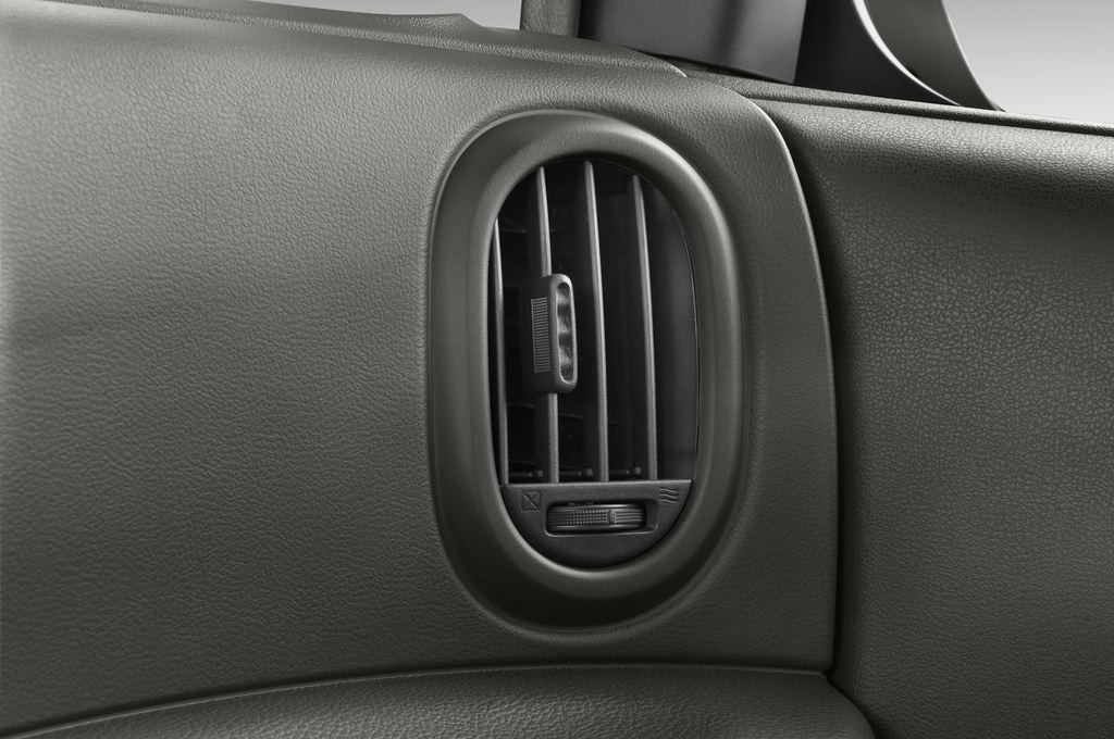 Nissan Cube Zen Van (2008 - 2011) 5 Türen Lüftung