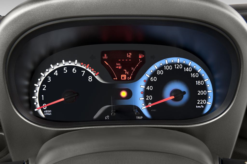 Nissan Cube Zen Van (2008 - 2011) 5 Türen Tacho und Fahrerinstrumente