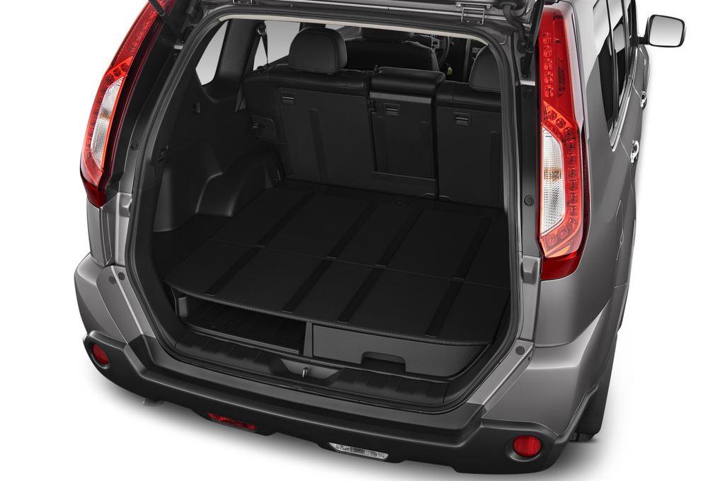 Nissan X-Trail LE SUV (2007 - 2014) 5 Türen Kofferraum