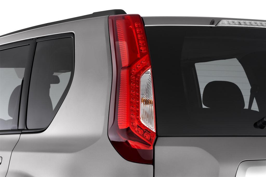 Nissan X-Trail LE SUV (2007 - 2014) 5 Türen Rücklicht