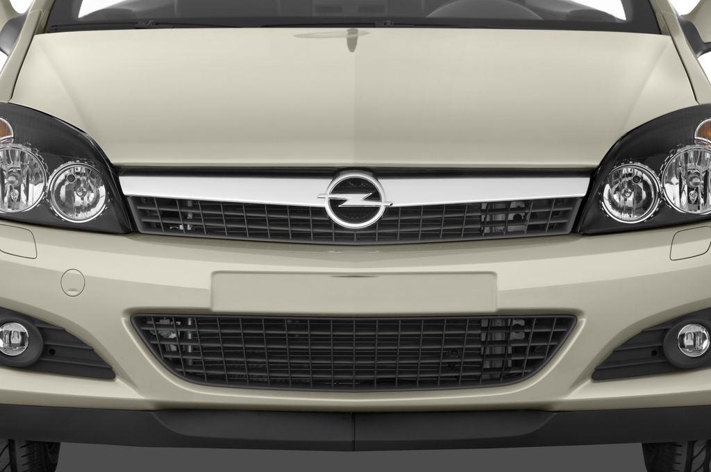 Opel Astra Endless Summer Cabrio (2005 - 2010) 2 Türen Kühlergrill und Scheinwerfer