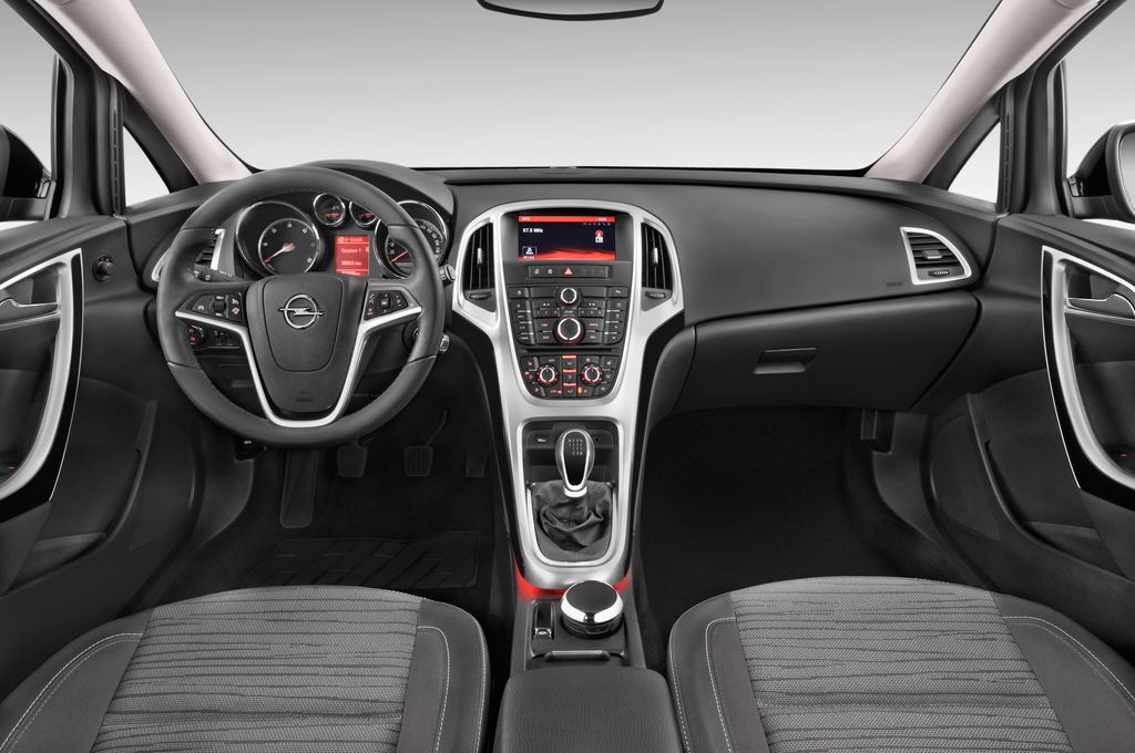 Opel Astra Style Kombi (2009 - 2015) 5 Türen Cockpit und Innenraum