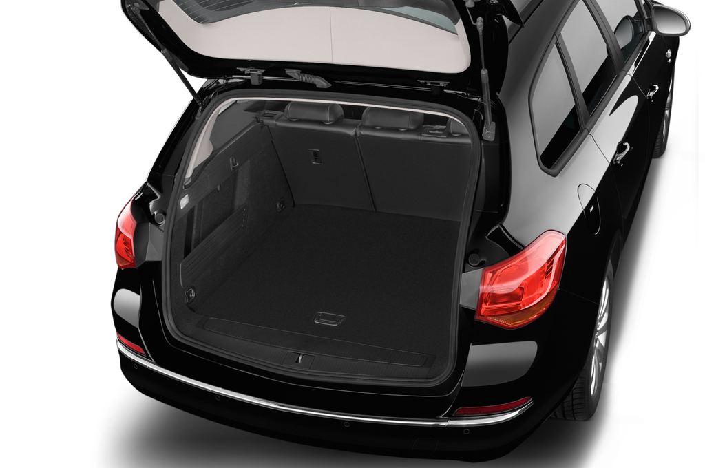 Opel Astra Style Kombi (2009 - 2015) 5 Türen Kofferraum