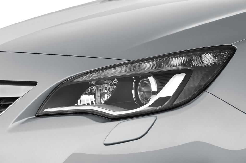 Opel Astra Sport Kombi (2009 - 2015) 5 Türen Scheinwerfer