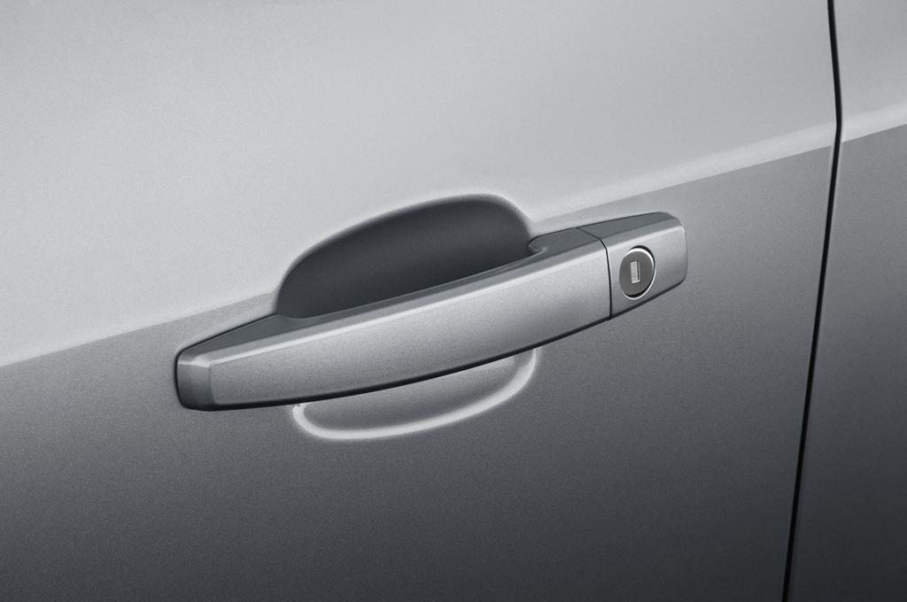 Opel Astra Sport Kombi (2009 - 2015) 5 Türen Türgriff