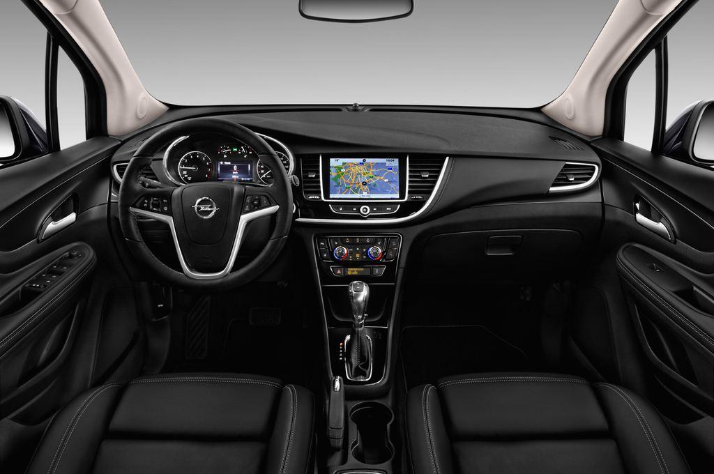 Opel Mokka Innovation SUV (2012 - heute) 5 Türen Cockpit und Innenraum