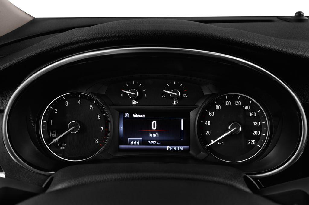 Opel Mokka Innovation SUV (2012 - heute) 5 Türen Tacho und Fahrerinstrumente