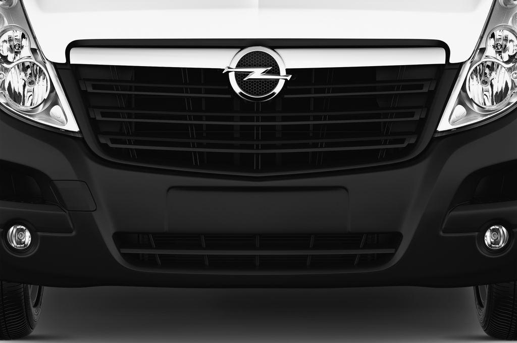 Opel Movano - Transporter (2010 - heute) 4 Türen Kühlergrill und Scheinwerfer
