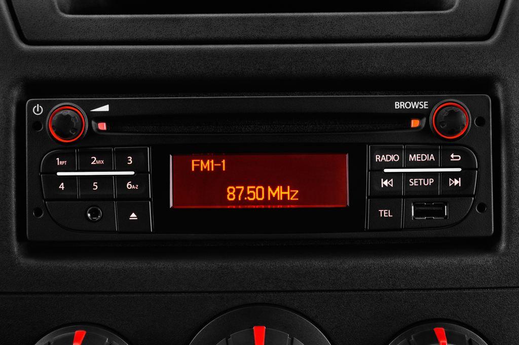 Opel Movano - Transporter (2010 - heute) 4 Türen Radio und Infotainmentsystem
