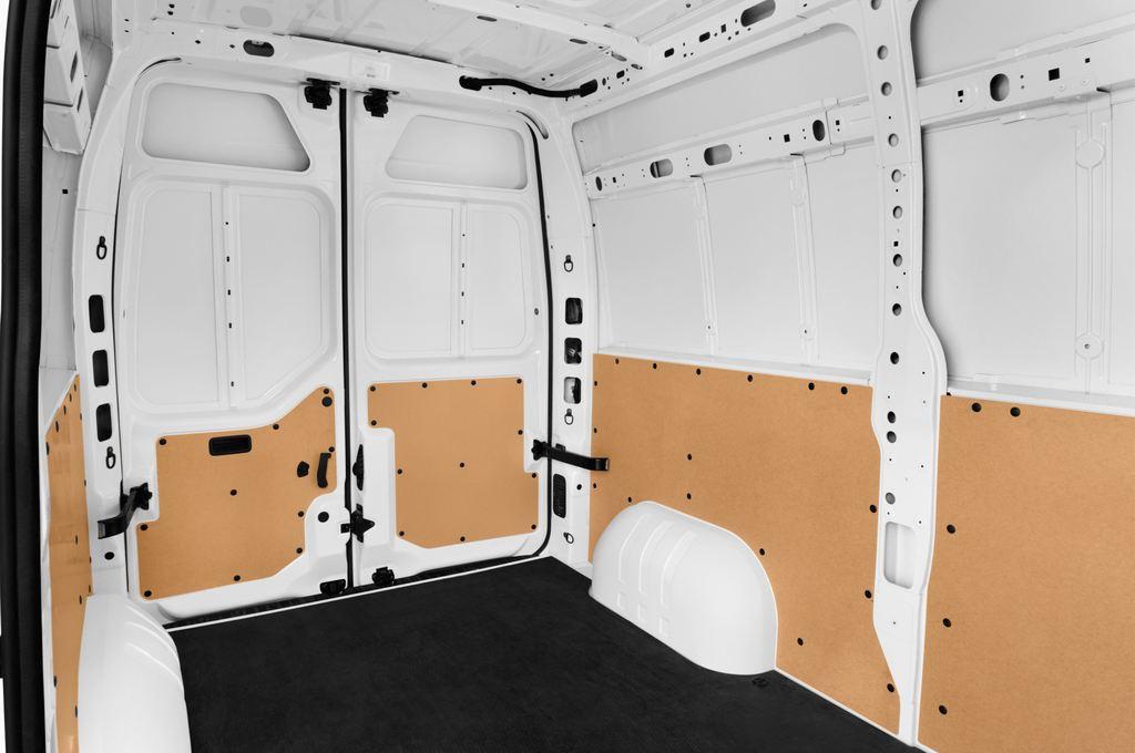 Opel Movano - Transporter (2010 - heute) 4 Türen Rücksitze