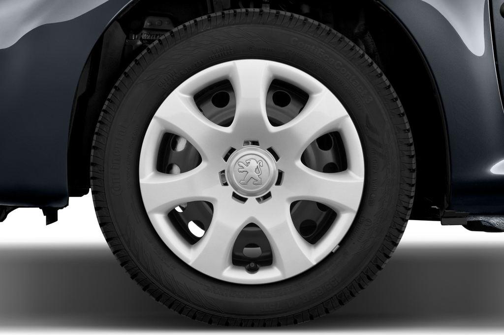 Peugeot 107 Filou Kleinwagen (2005 - 2014) 3 Türen Reifen und Felge