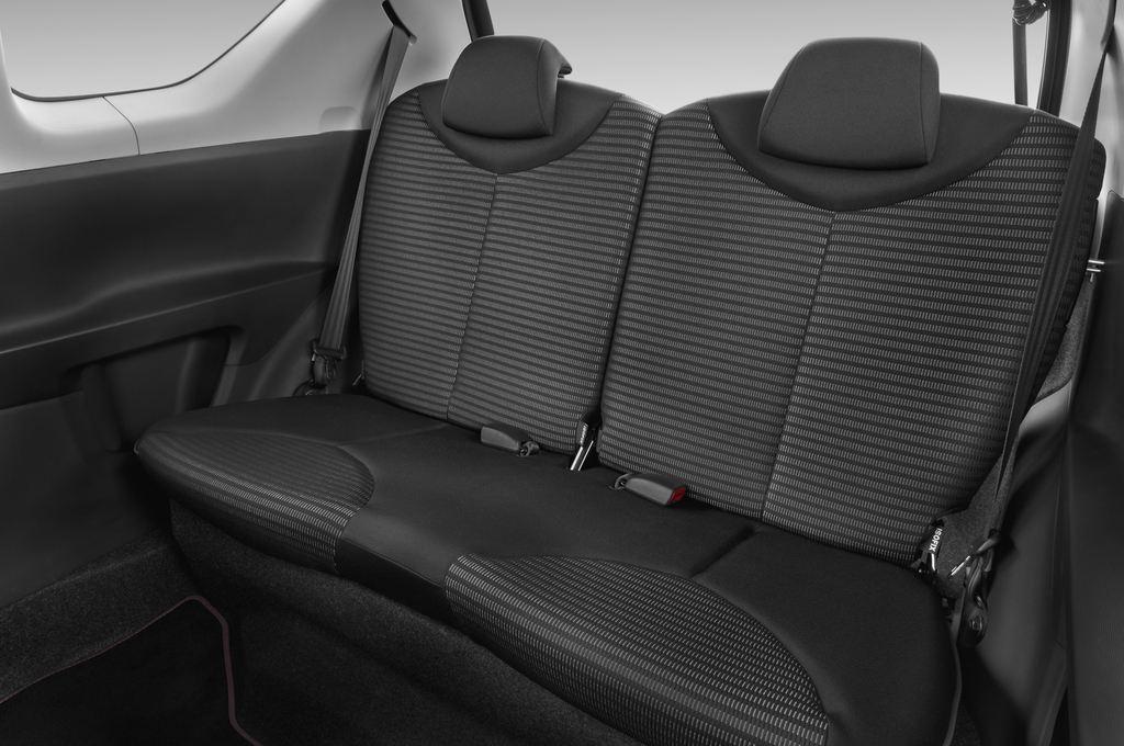 Peugeot 107 Envy Kleinwagen (2005 - 2014) 3 Türen Rücksitze
