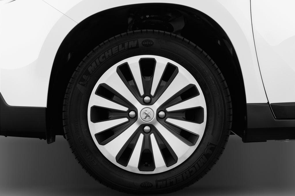 Peugeot 2008 Active SUV (2013 - heute) 5 Türen Reifen und Felge