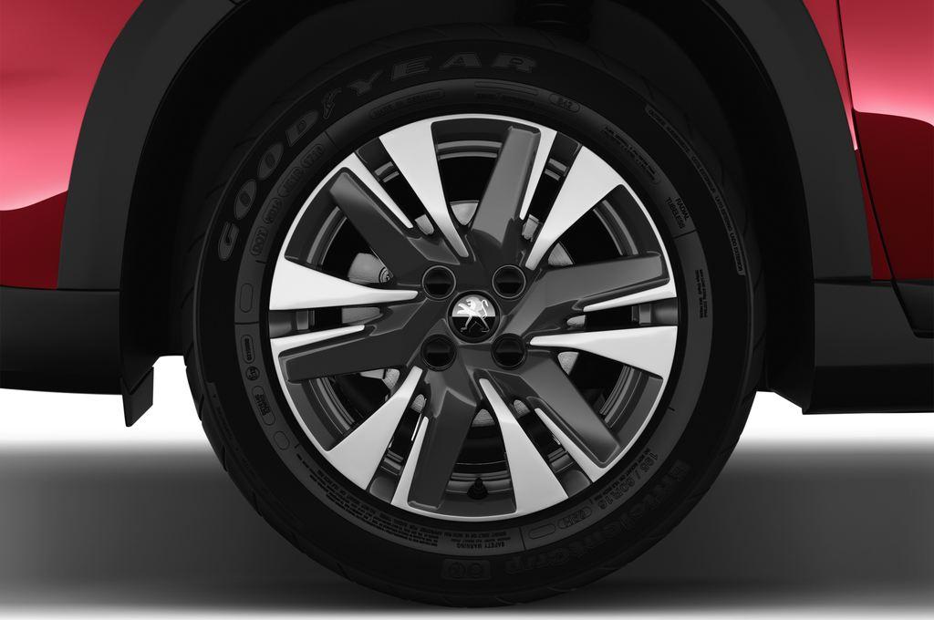 Peugeot 2008 Allure SUV (2013 - heute) 5 Türen Reifen und Felge