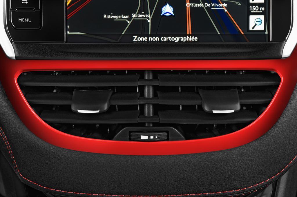 Peugeot 208 GTI Kleinwagen (2012 - heute) 3 Türen Lüftung