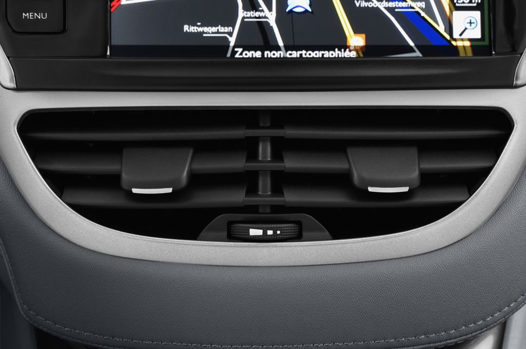 Peugeot 208 Allure Kleinwagen (2012 - heute) 5 Türen Lüftung