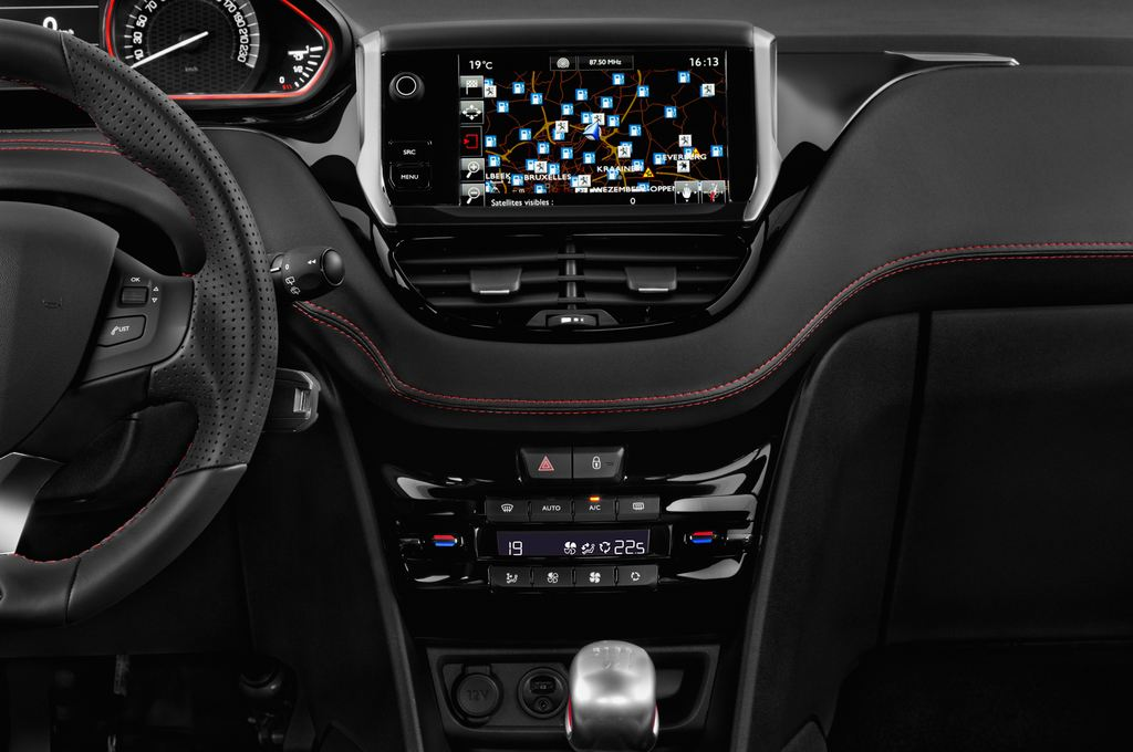 Peugeot 208 GTI Kleinwagen (2012 - heute) 3 Türen Mittelkonsole