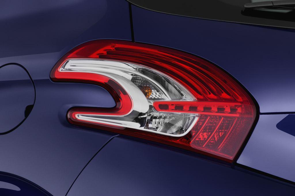 Peugeot 208 Allure Kleinwagen (2012 - heute) 3 Türen Rücklicht