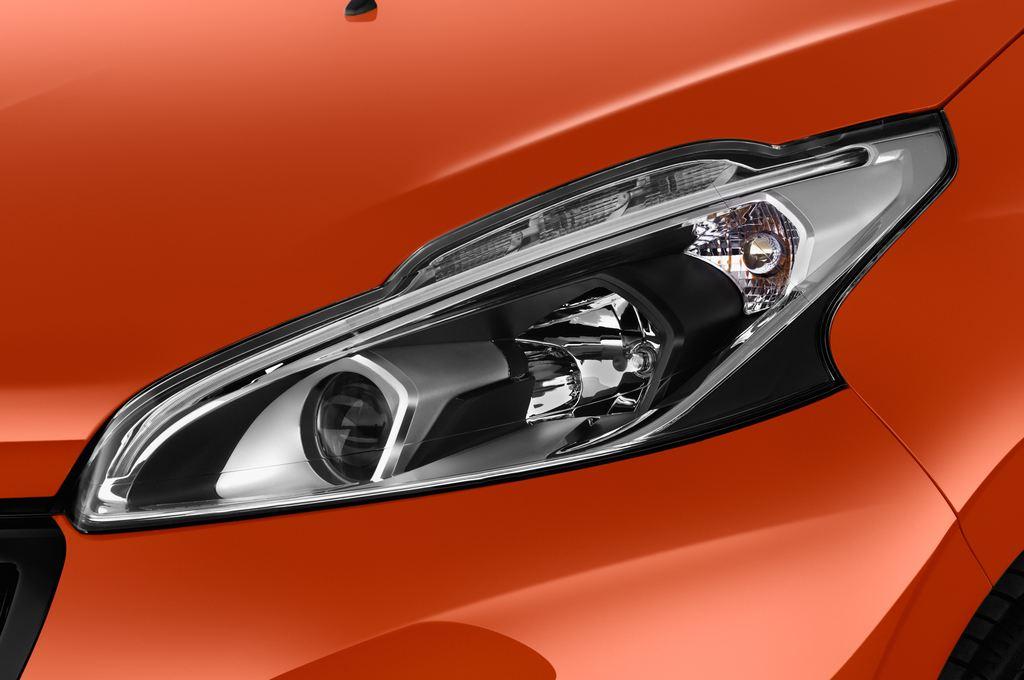 Peugeot 208 Allure Kleinwagen (2012 - heute) 5 Türen Scheinwerfer