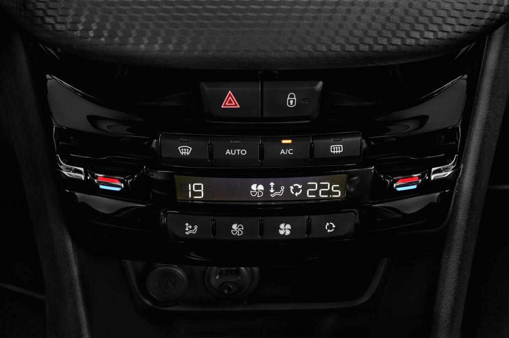 Peugeot 208 Allure Kleinwagen (2012 - heute) 5 Türen Temperatur und Klimaanlage