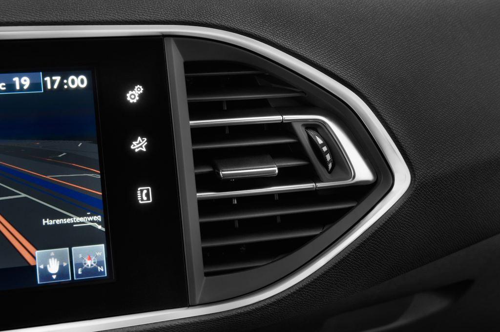 Peugeot 308 Allure Kombi (2014 - heute) 5 Türen Lüftung