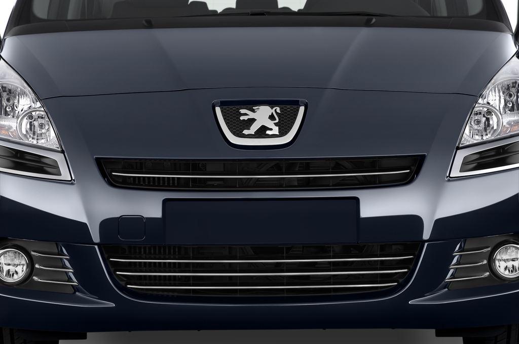 Peugeot 5008 Premium Van (2009 - 2017) 5 Türen Kühlergrill und Scheinwerfer