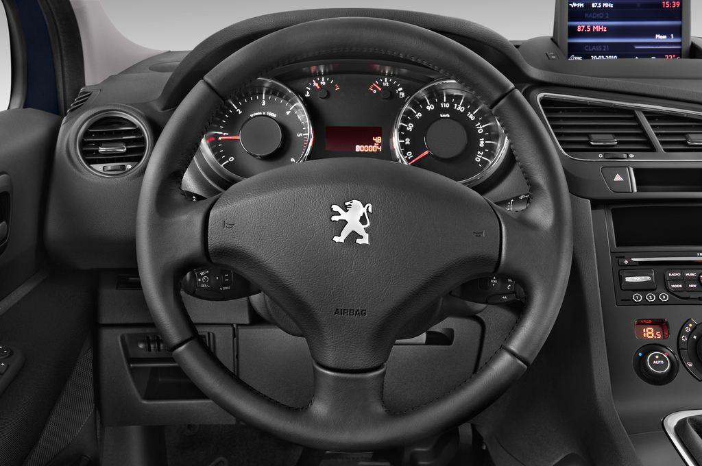 Peugeot 5008 Premium Van (2009 - 2017) 5 Türen Lenkrad
