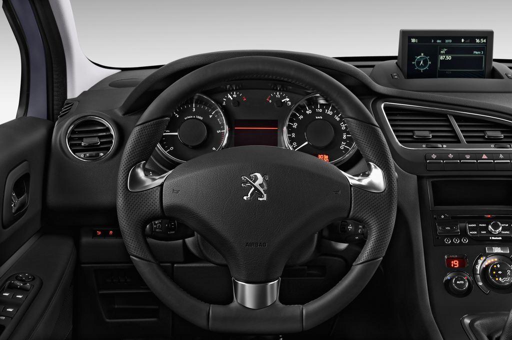 Peugeot 5008 Allure Van (2009 - 2017) 5 Türen Lenkrad