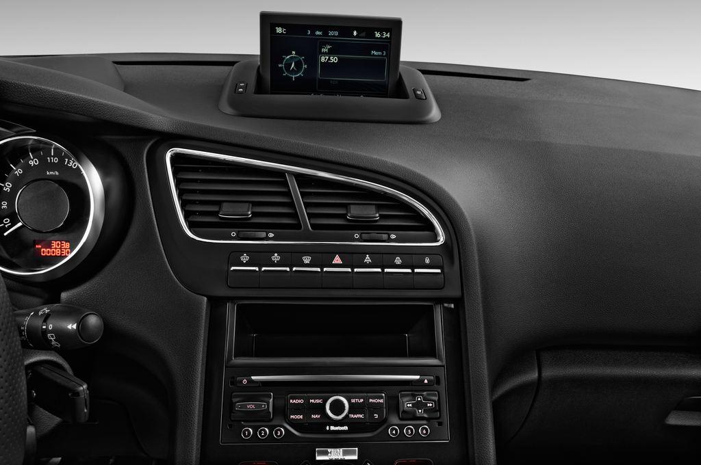 Peugeot 5008 Allure Van (2009 - 2017) 5 Türen Radio und Infotainmentsystem