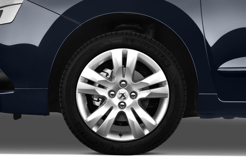 Peugeot 5008 Premium Van (2009 - 2017) 5 Türen Reifen und Felge