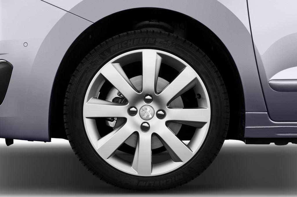 Peugeot 5008 Allure Van (2009 - 2017) 5 Türen Reifen und Felge