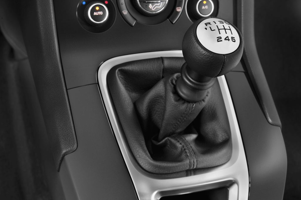 Peugeot 5008 Premium Van (2009 - 2017) 5 Türen Schalthebel