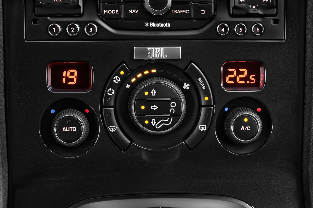 Peugeot 5008 Allure Van (2009 - 2017) 5 Türen Temperatur und Klimaanlage