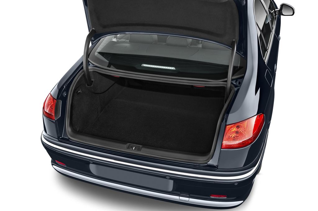 Peugeot 607 Platinum Limousine (2000 - 2010) 4 Türen Kofferraum
