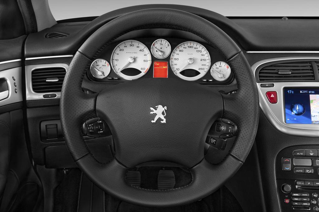 Peugeot 607 Platinum Limousine (2000 - 2010) 4 Türen Lenkrad