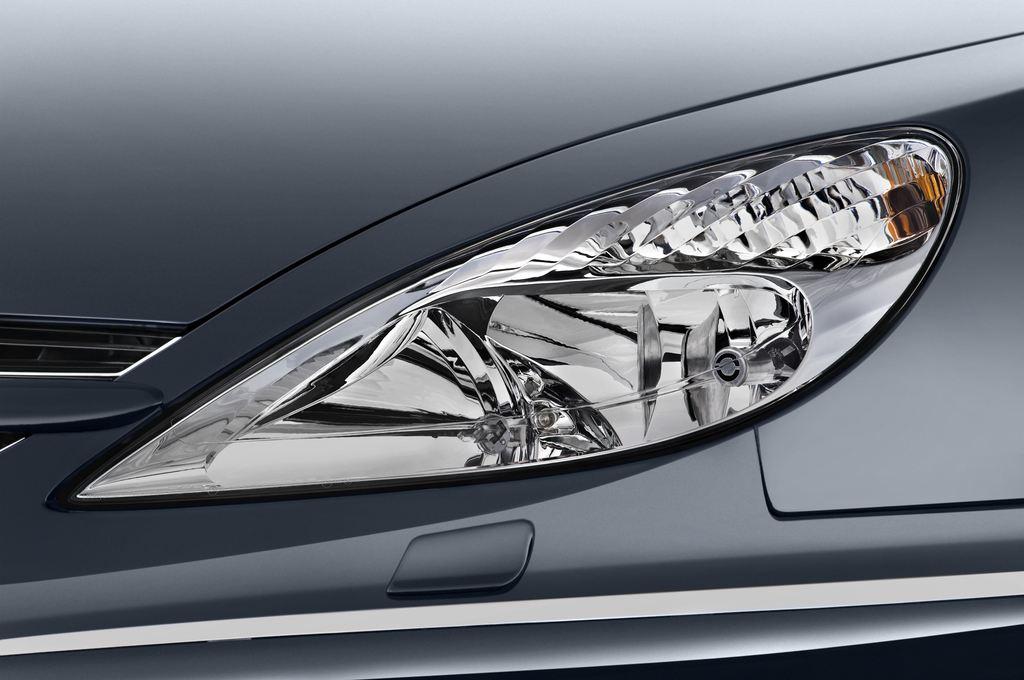 Peugeot 607 Platinum Limousine (2000 - 2010) 4 Türen Scheinwerfer