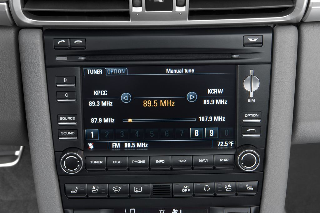 Porsche 911 Carrera S Cabrio (2004 - 2011) 2 Türen Radio und Infotainmentsystem
