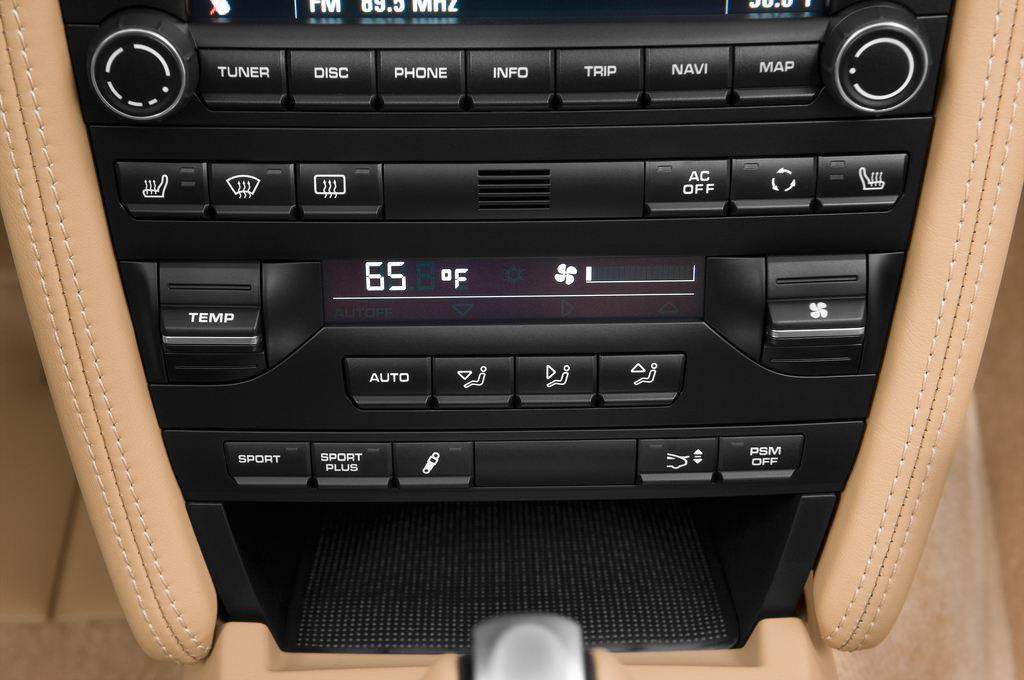 Porsche 911 Carrera 4S Cabrio (2004 - 2011) 2 Türen Temperatur und Klimaanlage