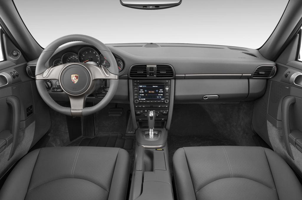 Porsche 911 Carrera Coupe Coupé (2004 - 2011) 2 Türen Cockpit und Innenraum