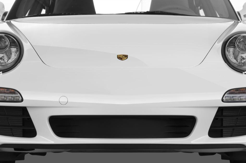 Porsche 911 Carrera Coupe Coupé (2004 - 2011) 2 Türen Kühlergrill und Scheinwerfer