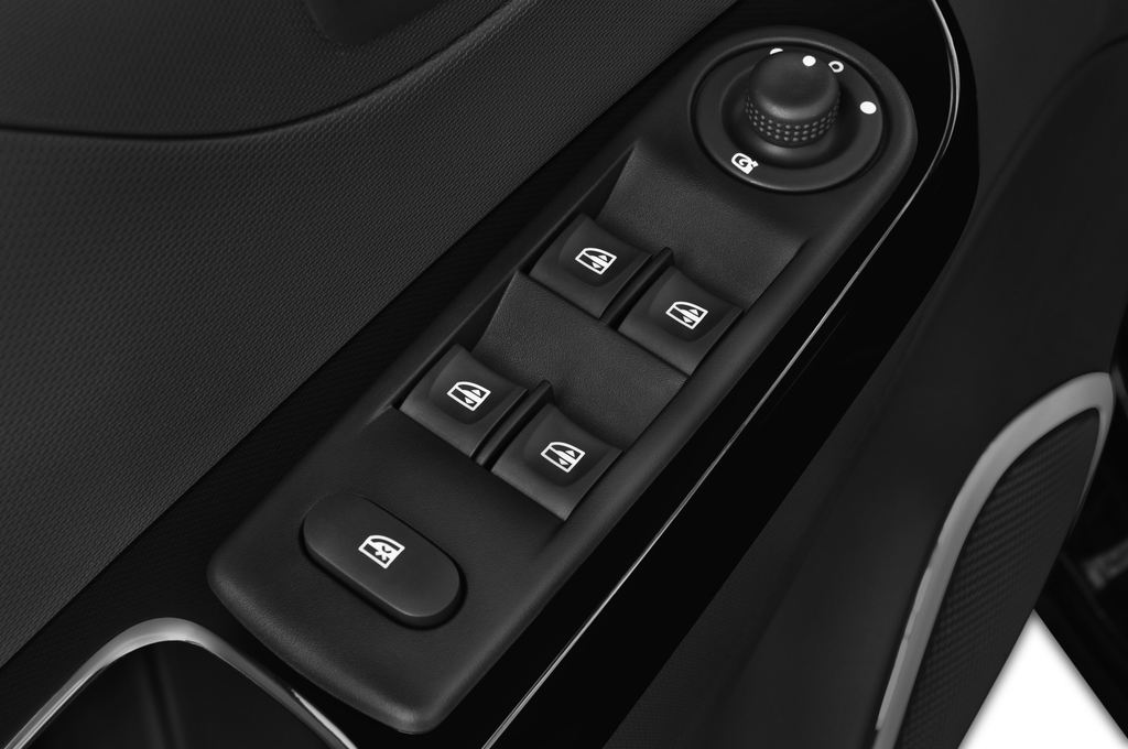 Renault Captur Luxe SUV (2013 - heute) 5 Türen Bedienungselemente Tür