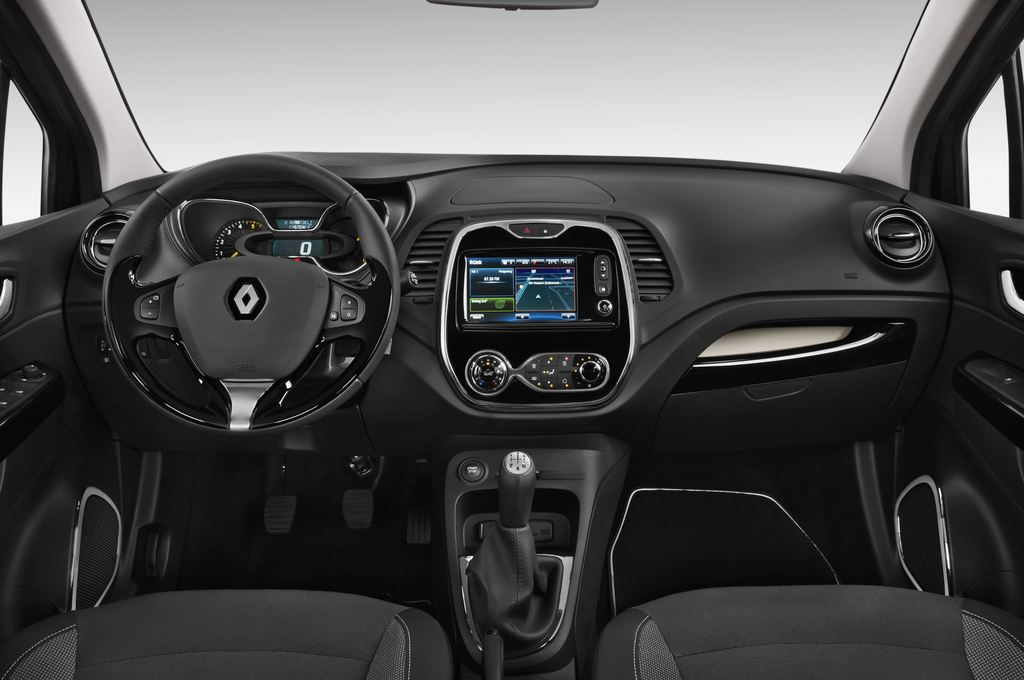 Renault Captur Luxe SUV (2013 - heute) 5 Türen Cockpit und Innenraum