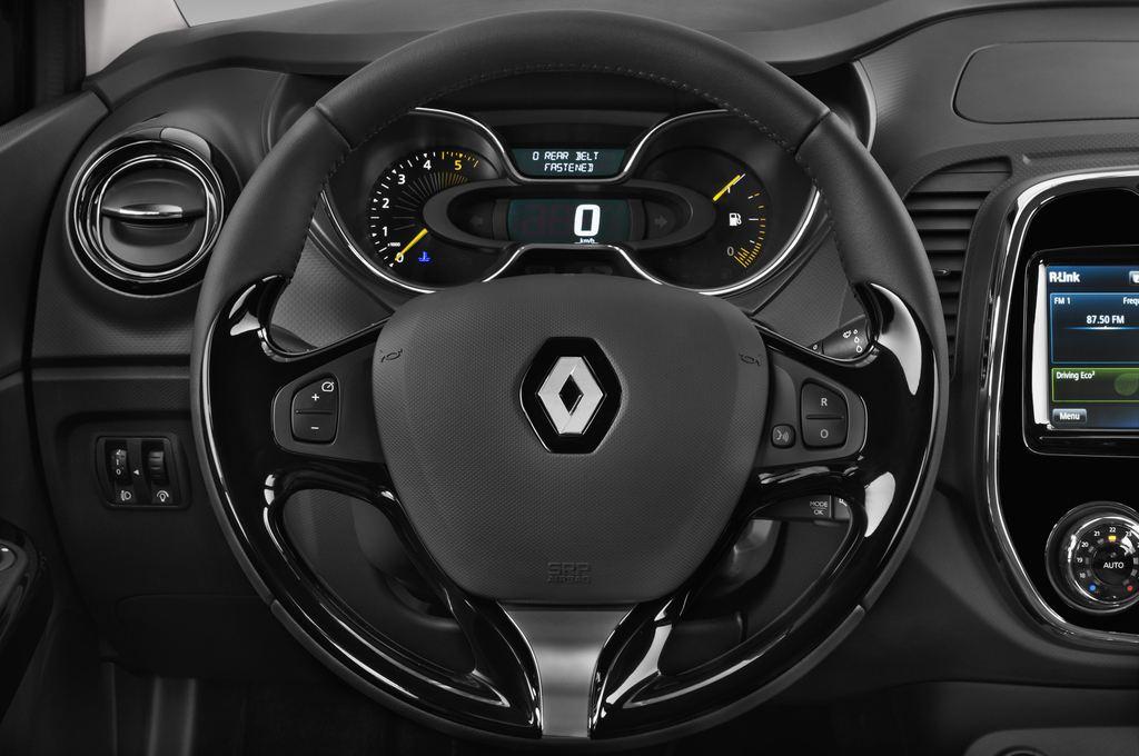 Renault Captur Luxe SUV (2013 - heute) 5 Türen Lenkrad